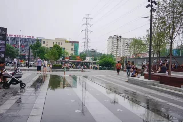 一个单词产生的设计灵感,结果火了北京的商业广场~_20