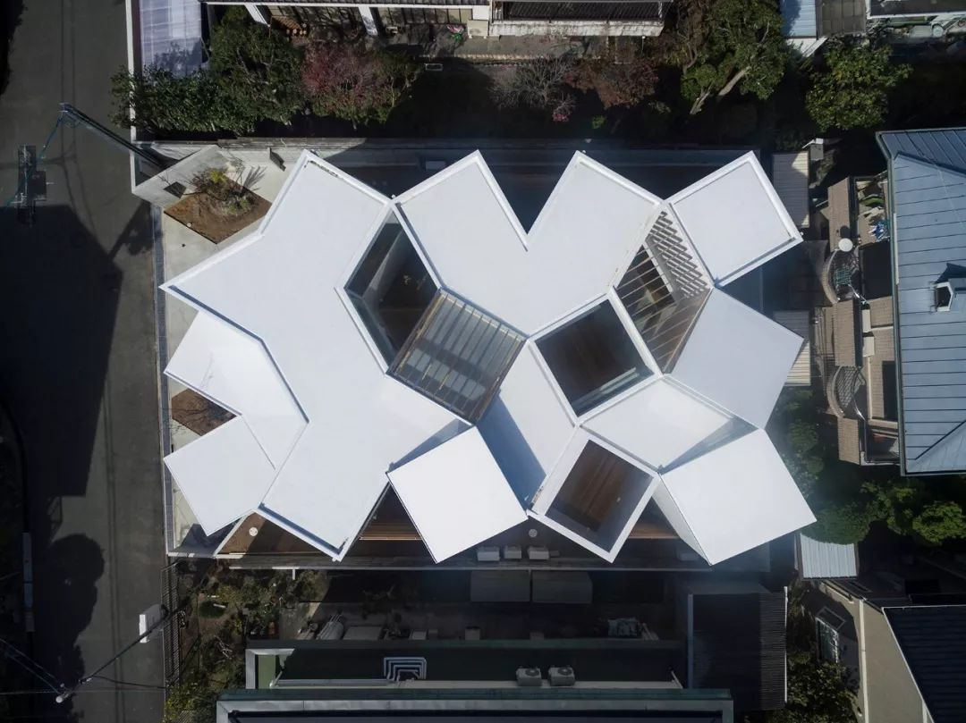 这些日本房子看着很简陋,但空间布局令人咋舌!_36