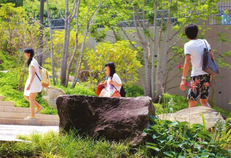创价大学里环球广场景观-19