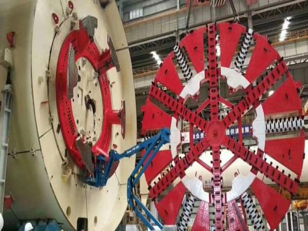 盾构机的前盾的结构设计要求