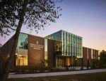 从空间设计开始实践建康: 卫理公会大学麦克莱恩健康科学大楼