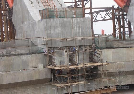 [QC]提高系杆225m超长预应力钢束穿束施工效率(下承式刚性系杆钢拱桥)