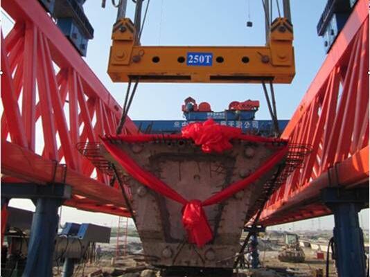 提高桥梁工程NF系列架桥机预制梁的安装效率
