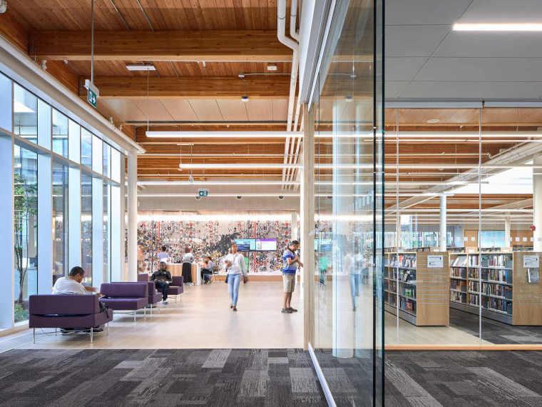 加拿大Albion图书馆-34
