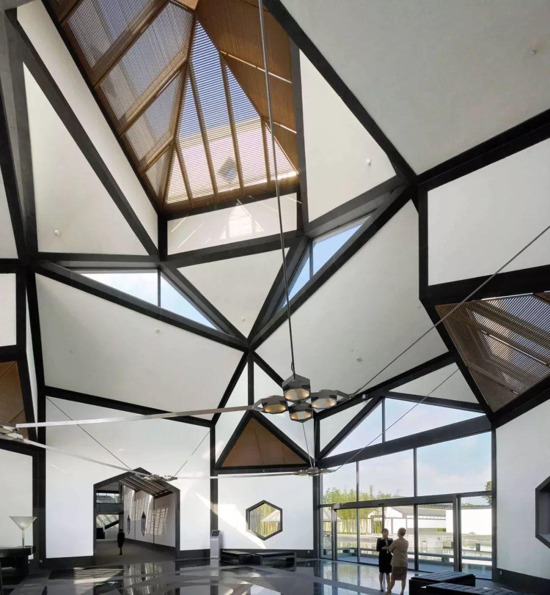 致敬贝聿铭:世界上最会用「三角形」的建筑大师_80