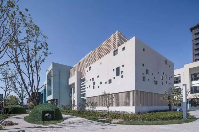 最适合轻钢建筑的幼儿园设计!