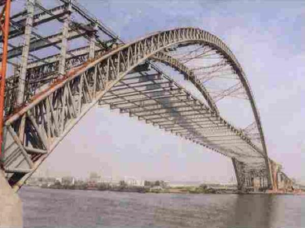 桥梁上部结构转体施工