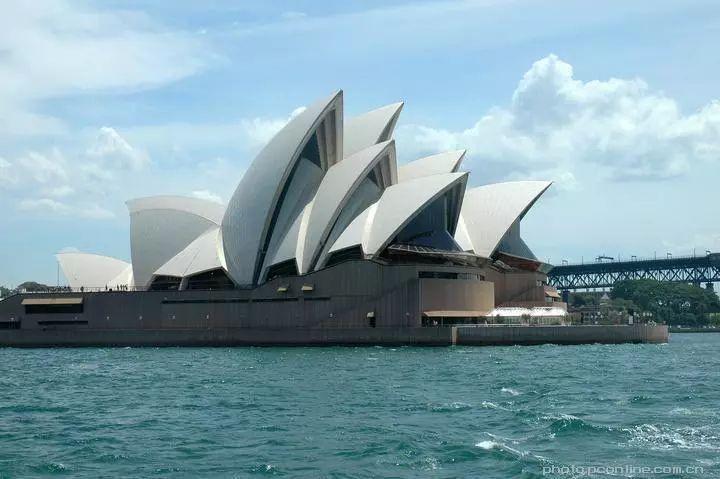 悉尼歌剧院的屋顶居然不是薄壳结构?
