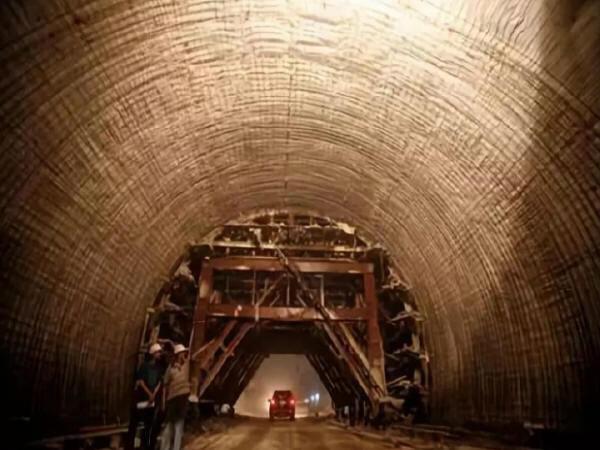 隧道施工的重点、难点及现场监管要点-Snap9