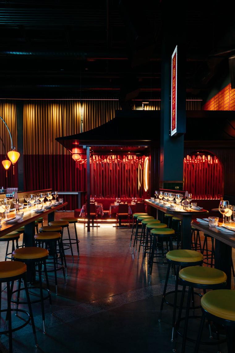 加拿大MissWong中餐厅-010-miss-wong-restaurant-by-menard-dworkind-architecture-design