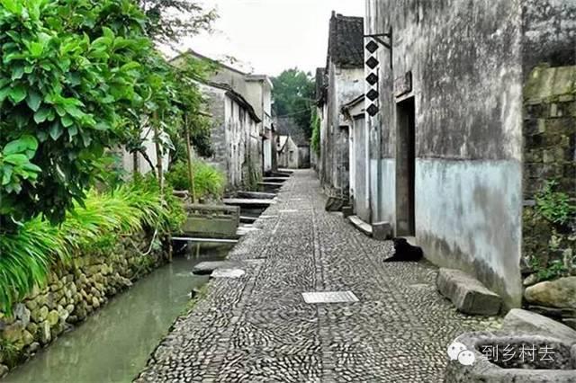 设计酱:忘记乌镇、西塘、周庄吧!这些古镇古村,很美很冷门!_31
