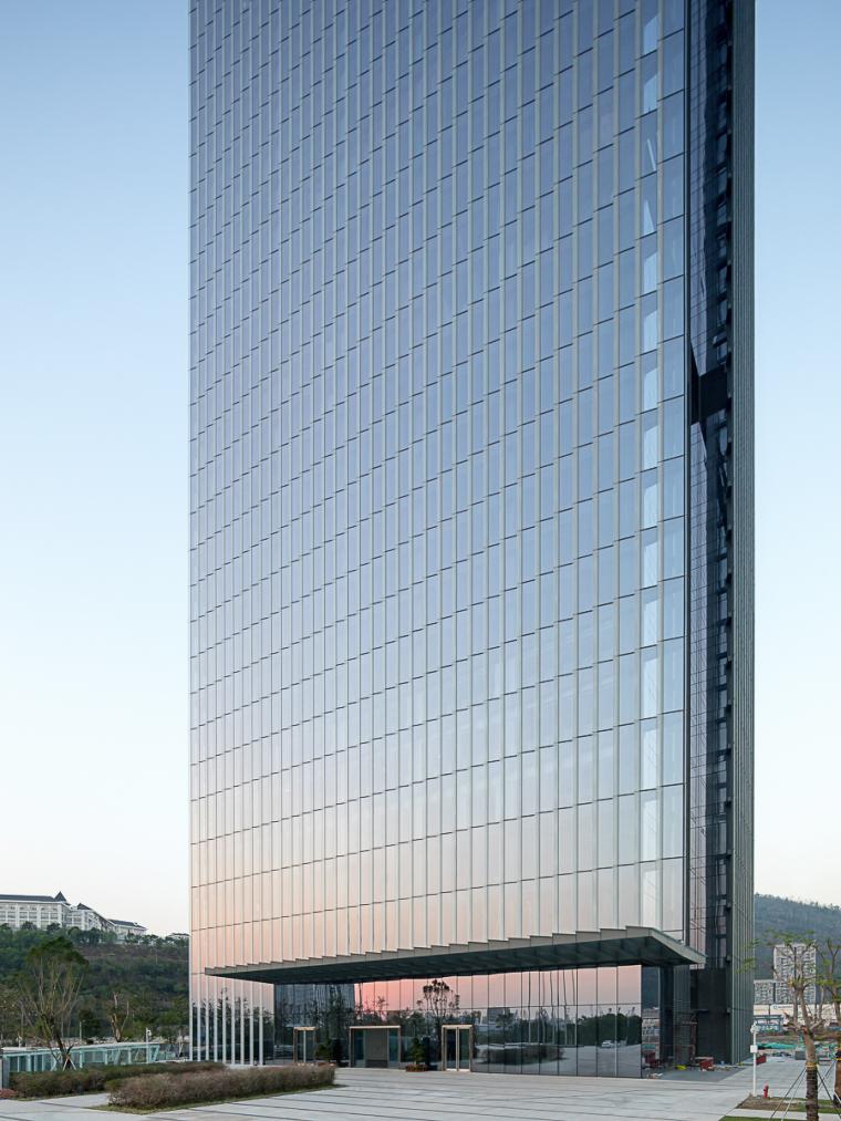 南开大厦:城市垂直森林
