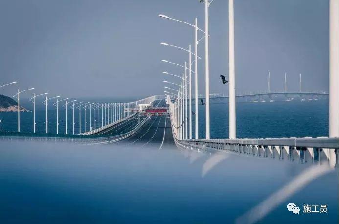 揭秘港珠澳大桥抗震隔震设计,抵抗9级地震、16级台风!