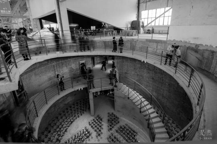 """建筑师爆改""""巨无霸""""老粮仓,除了新增100多米长的扶梯,竟还…_14"""