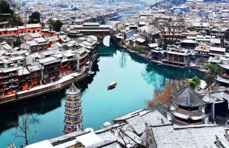 当最美的古镇下了雪,简直惊艳了整个冬天_15