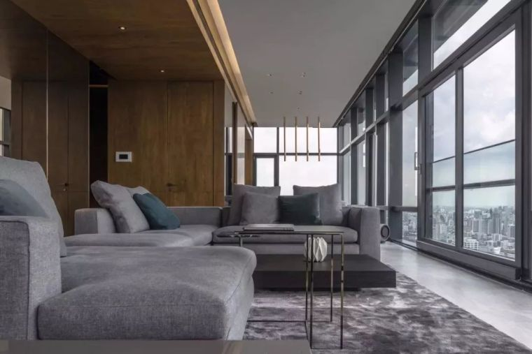 130m²的单身公寓,土豪请进来!_5