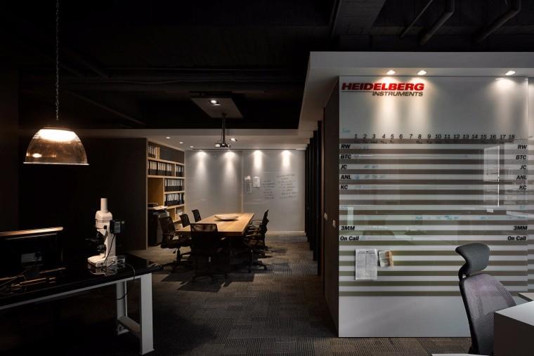 台湾电子科技公司办公室-5