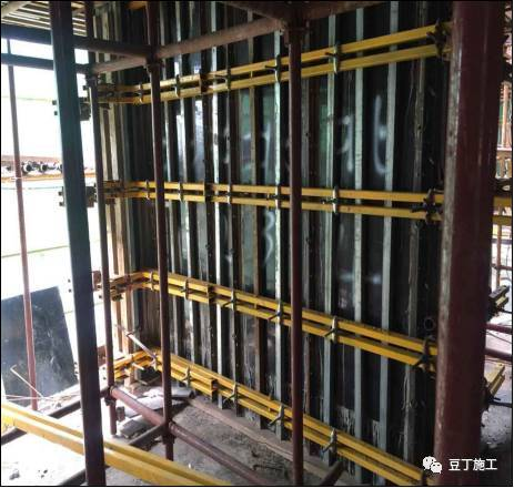 万科项目,一种新型的剪力墙支模体系_17