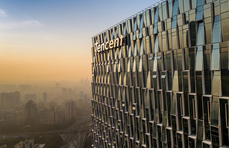 深圳连接高效的腾讯新总部外部实景图 (3)