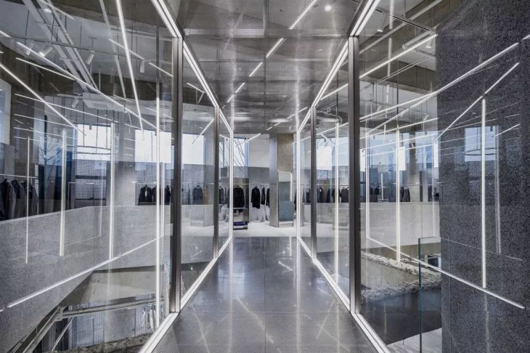 以水刷石唤起时代的回忆-JHW服装店,郑州/西涛设计工作室