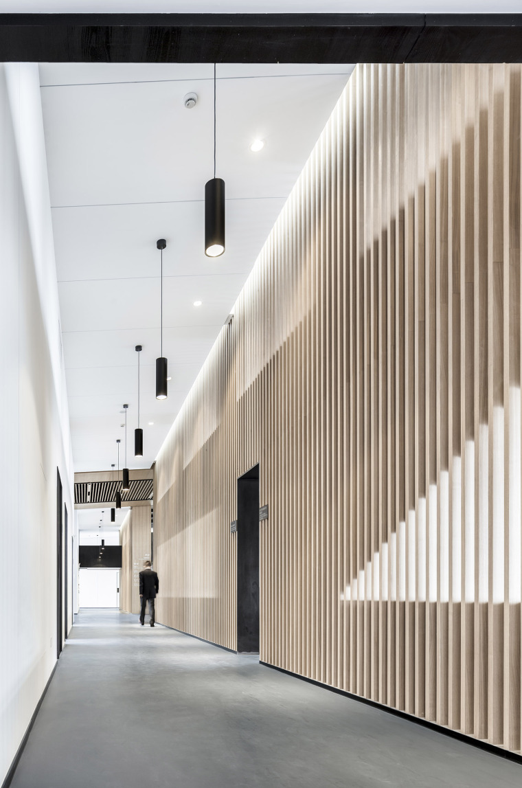 4-Office-space-renovation-of-Shanghai-YuTu-technology-co.-LTD-by-Mix-Architecture