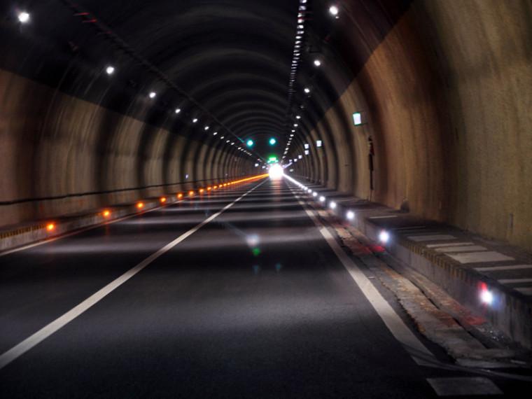 公路桥梁和隧道工程设计安全风险评估指南