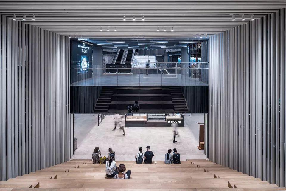 重新连结城市生活-上海世茂广场改造,上海/Kokaistudios_17
