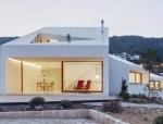 """""""年度建筑""""House MM:靠山面海,超越日常之美"""
