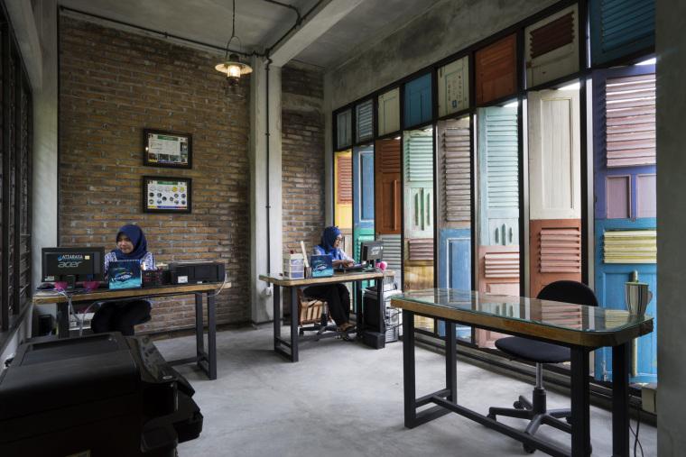 印尼GrahaLakon办公建筑-6