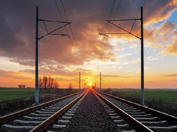 铁路吸引外资喊了16年 仍然裹足不前 其深层原因在哪里?