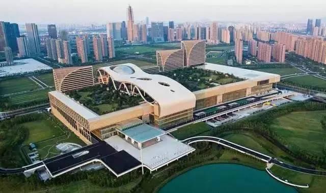 中国建成世界最大空中花园!全世界都震撼了!