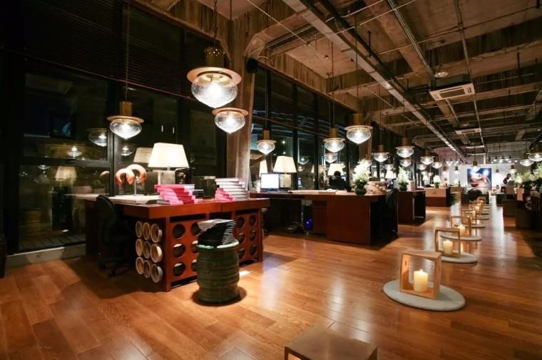 上海现代感的老场坊博览馆室内实景图 (2)