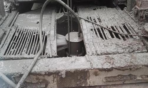 钻孔灌注桩塌孔与缩径是什么原因?预防措施有哪些?