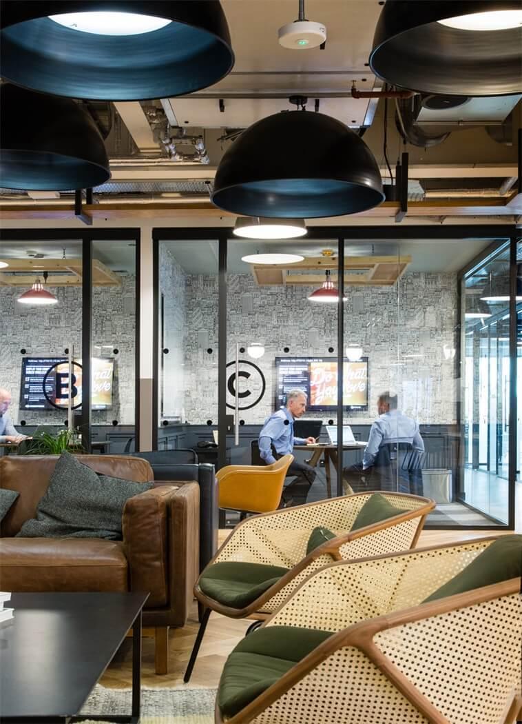 咖啡厅风格的联合办公空间-帕丁顿区WEWORK联合办公室室内实景图 (10)