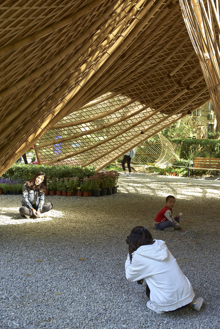 北京林业大学花园节信息亭-016-swirling-cloud-bulletin-pavilion-for-bjfu-garden-festival-by-sup-atelier