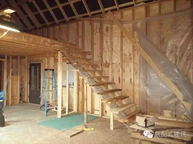 美国农村建房全程实拍——装配式木结构施工,速度快、性能好!_32