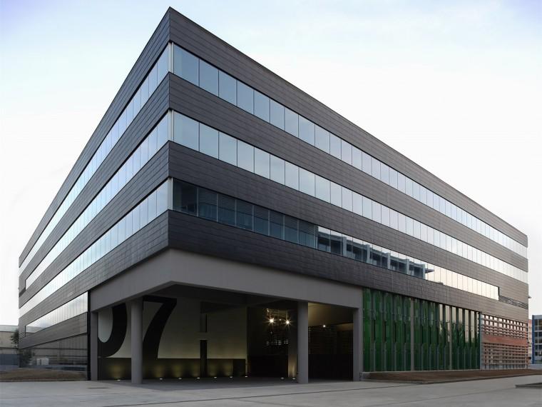 西班牙世贸中心阿尔梅达园区办公楼
