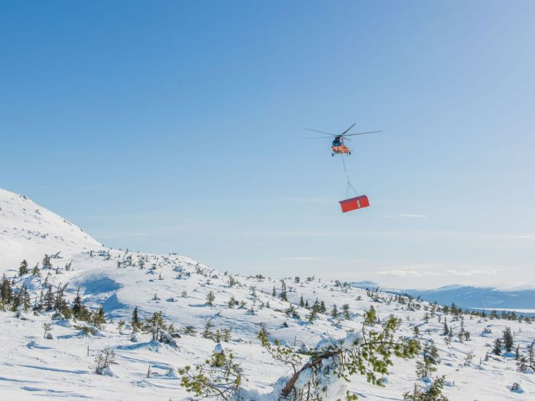 俄罗斯雪地上的DublDom预制观景屋-4