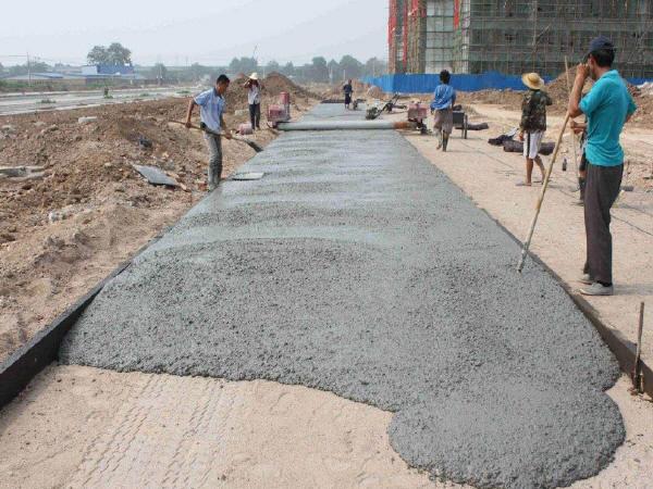 混凝土外表面泛碱防治措施简介