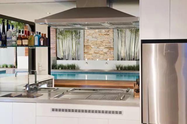 赶紧收藏!21个最美现代风格庭院设计案例_82