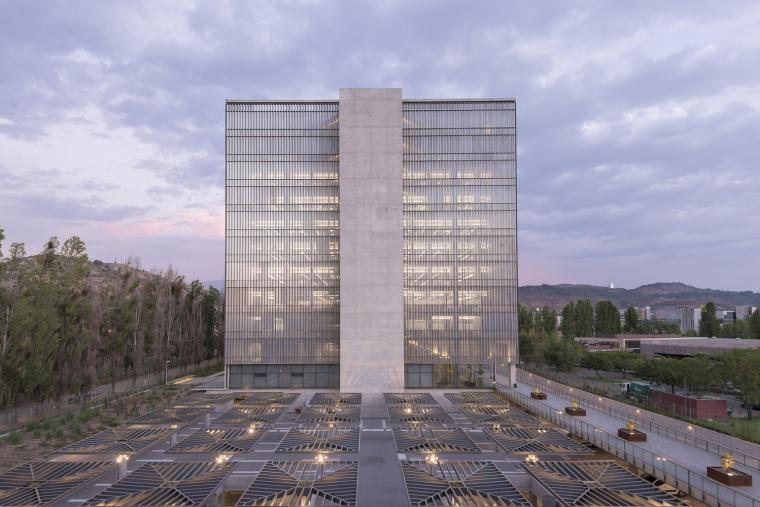 智利卡拉罗公司智利总部大楼