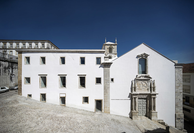 葡萄牙Coimbra大学三一学院-1