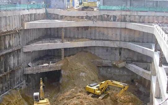 地下连续墙槽壁塌方的原因及处理方法