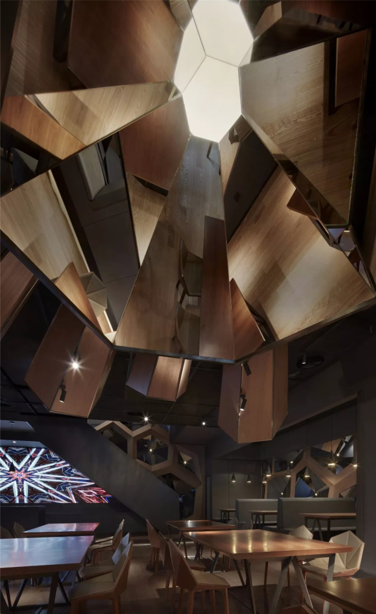 北京蓝色港湾花酷餐厅设计案例欣赏_18