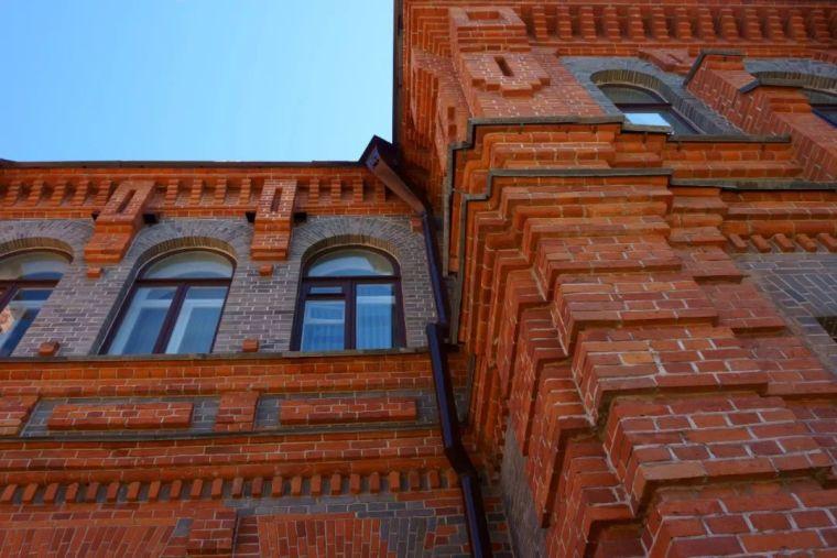 红砖,横贯中西的经典,让情怀更显格调!