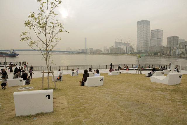 东京丰州LaLaport码头休闲区景观设计_16