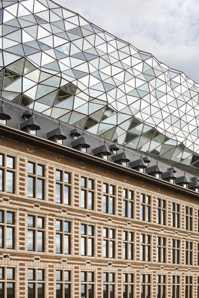 比利时安特卫普港口大楼-4