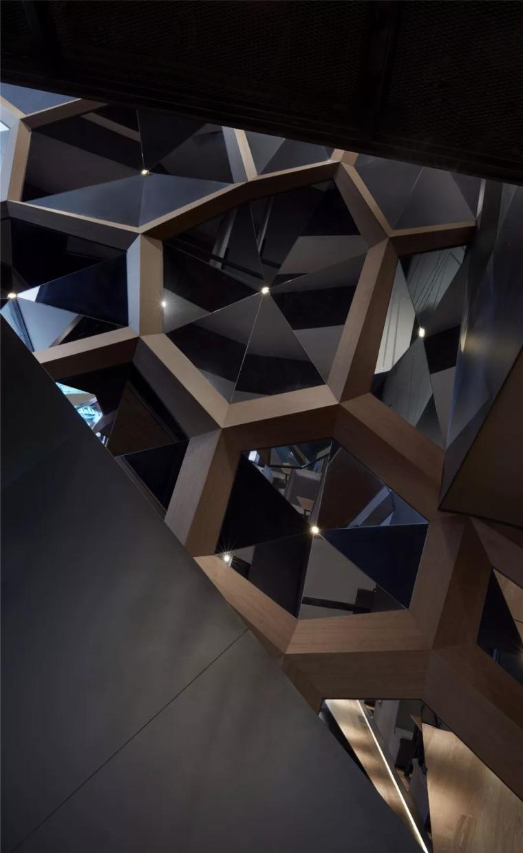 北京蓝色港湾花酷餐厅设计案例欣赏_15