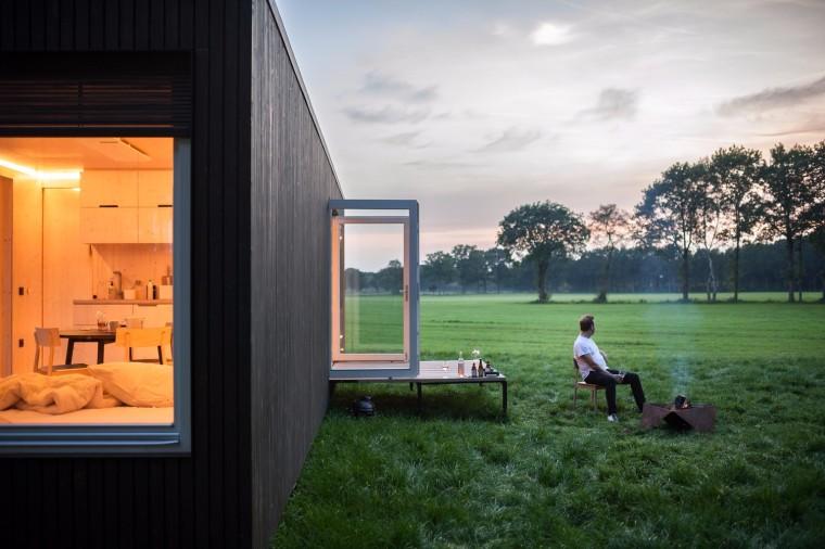 比利时能移动的生态小木屋外部实景图 (1)