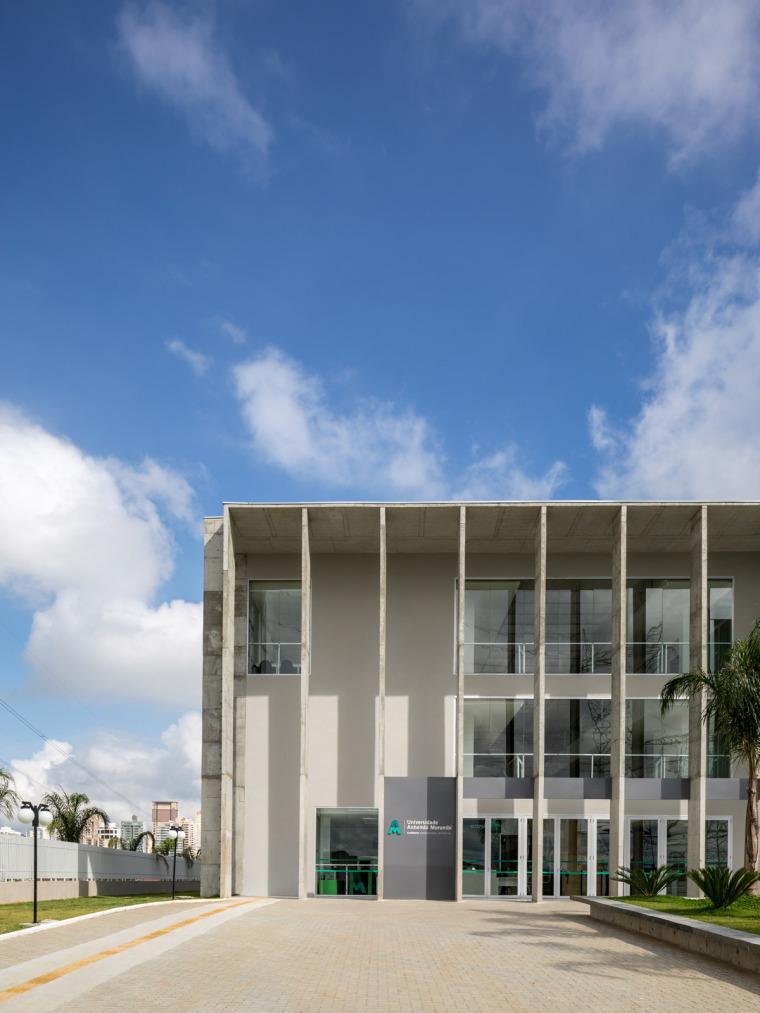 巴西安汉比莫隆比大学新建筑-4